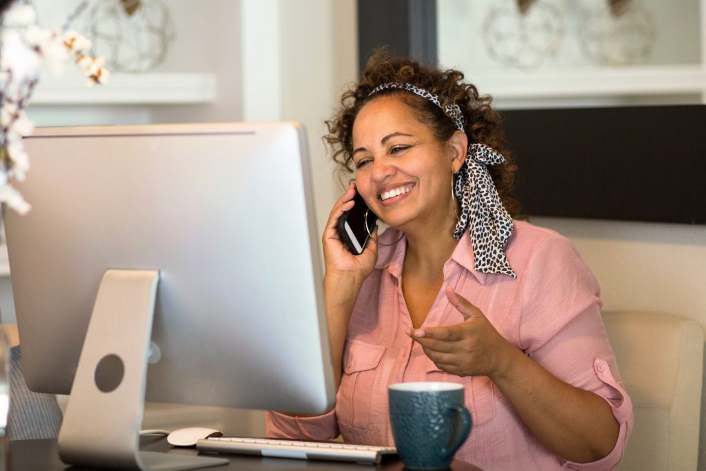 woman working from home as a full-time freelancer